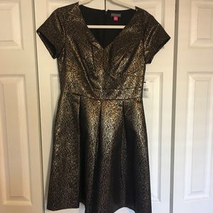 NWT Vince Camuto Black and Gold Dress